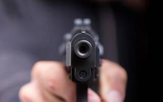 В Киеве донетчанин открыл стрельбу по людям из окна, называя их «хохлами»