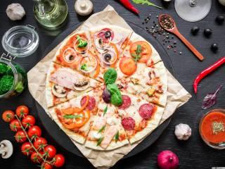 Стоит ли заказывать доставку пиццы в Киеве?