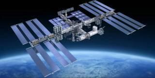 РосСМИ уличили американских астронавтов в сверлении дырок в российском сегменте МКС