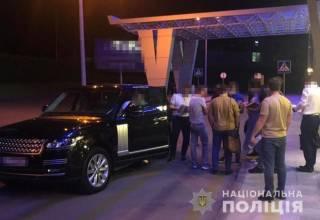 В «Жулянах» задержали директора крупного госпредприятия при попытке покинуть страну