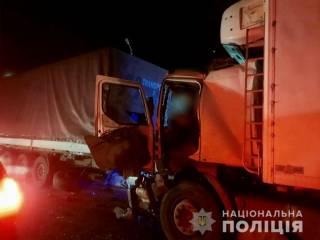 Смертельное ДТП в Николаевской области: столкнулись две фуры