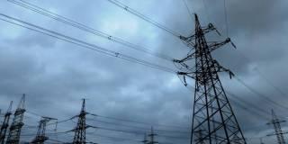 Непогода потрепала семь украинских областей: обесточены 138 населенных пунктов