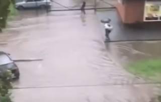 Появилось видео наводнения в Хмельницком