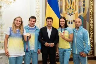 Зеленский наградил украинских призеров Олимпиады