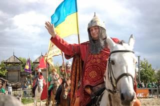 Под Киевом День Независимости отметят конными шоу