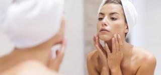 Анти-эйдж уход: лучшие компоненты для зрелой кожи