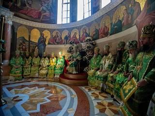 В Киево-Печерской лавре верующие УПЦ празднуют день памяти преподобного Феодосия Печерского
