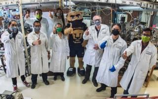 В Мексике создали защитную маску, убивающую коронавирус