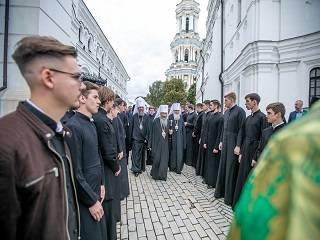 Митрополит УПЦ рассказал, как готовят к служению будущих священников