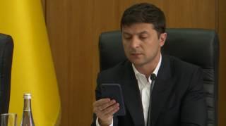 Зеленский рассказал, что общего между Украиной и iPhone