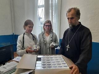 Нежинская епархия УПЦ передала медикам антибиотики на сумму 200 тыс грн для COVID-больных