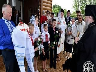 На Волыни освятили новый храм УПЦ вместо захваченного сторонниками ПЦУ
