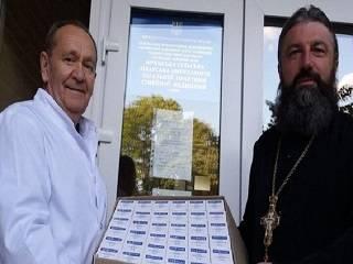 Нежинская епархия УПЦ передала медикам Черниговщины препараты для лечения COVID