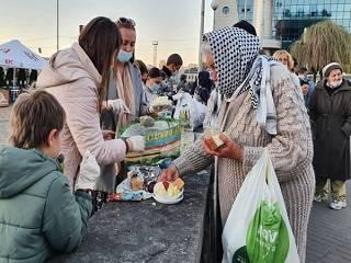 В УПЦ рассказали о помощи пожилым, инвалидам и бездомным в Киеве