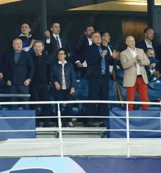 На матче Лиги чемпионов в Киеве «слуги народа» встретились с хозяевами