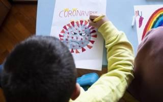 Израильских школьников обязали сдавать тесты на коронавирус