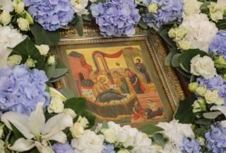 В Киево-Печерской лавре в праздник Рождества Богородицы состоится 6 литургий