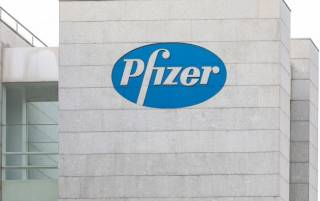 Компания Pfizer заявила об эффективности своей вакцины для детей