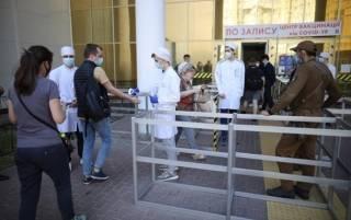 В Украине резко упали темпы вакцинации от коронавируса
