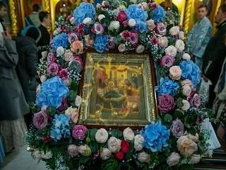 Митрополит Антоний рассказал, почему Православная Церковь почитает Пресвятую Богородицу