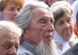 В сети опубликован фильм о 91-летнем священнике УПЦ