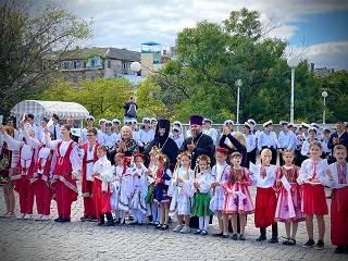 В Одессе при поддержке УПЦ провели флешмоб за мир