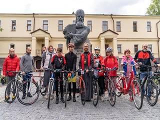 Велопаломники УПЦ за 7 дней преодолеют 700 км из Киева до Святогорской лавры