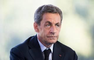 Французский суд разрешил Саркози не сидеть в тюрьме