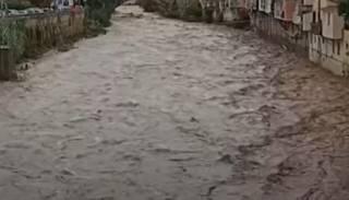 Появилось видео аномальных дождей в Италии