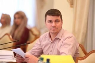 Скончался депутат Антон Поляков