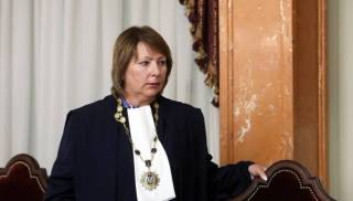 Глава обновленного Верховного Суда решила уйти в отставку