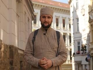 Священник УПЦ снимает фильм об известном князе, который стал монахом Лавры