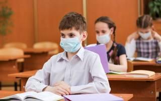 Киевские школьники досрочно идут на осенние каникулы